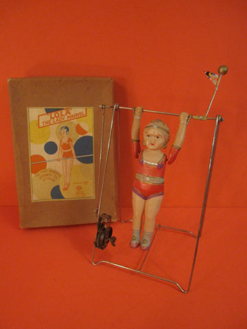 KURAMOCHI Lola the Lady Marvel Celluloid Wind Up + Box Japan 1930
