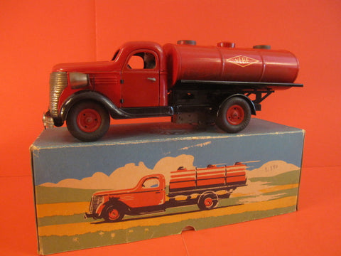 VEBE Chevrolet tanker Truck + Original Box France 1950