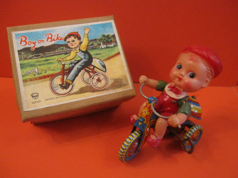 SUZUKY Celluloid boy on Tricycle Japan 1950 + Box