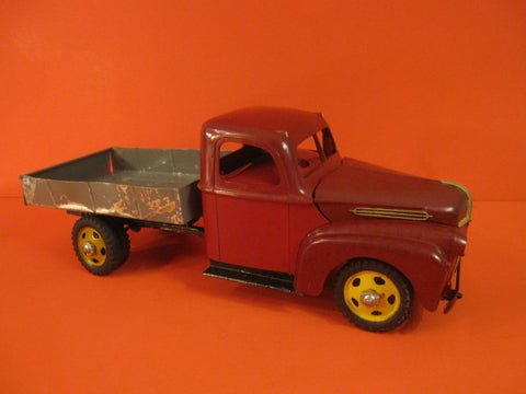 JELBA Ford Truck Bakelite & Tin Spain 1949