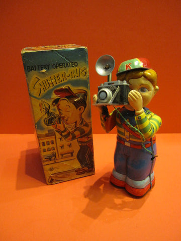NOMURA SHUTTER-BUG Boy with camera + Original box 1960