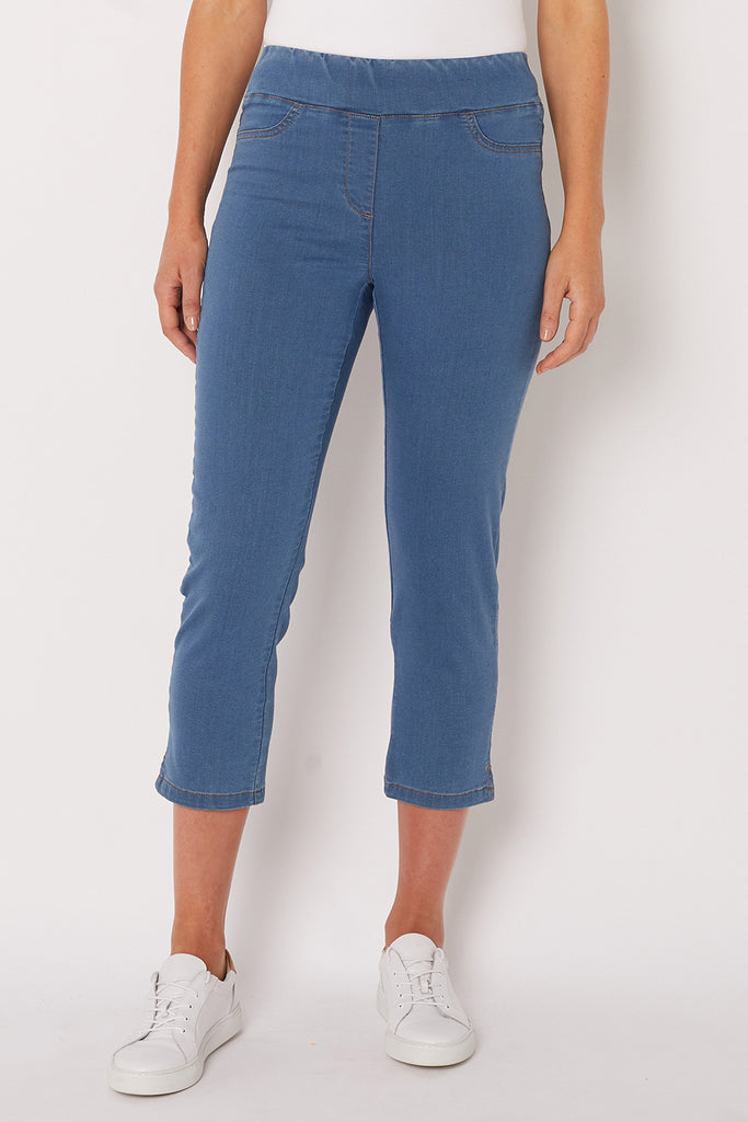 Cropped Light Denim Bengajean