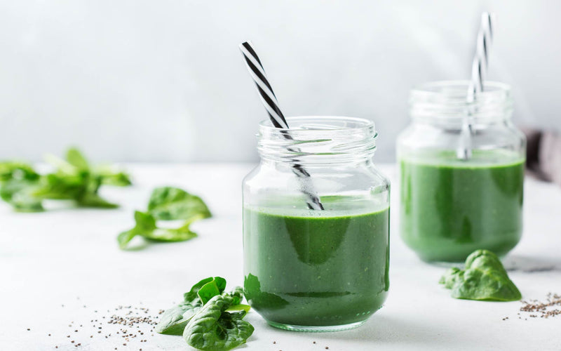 5-ingredient Super Green Spirulina Smoothie