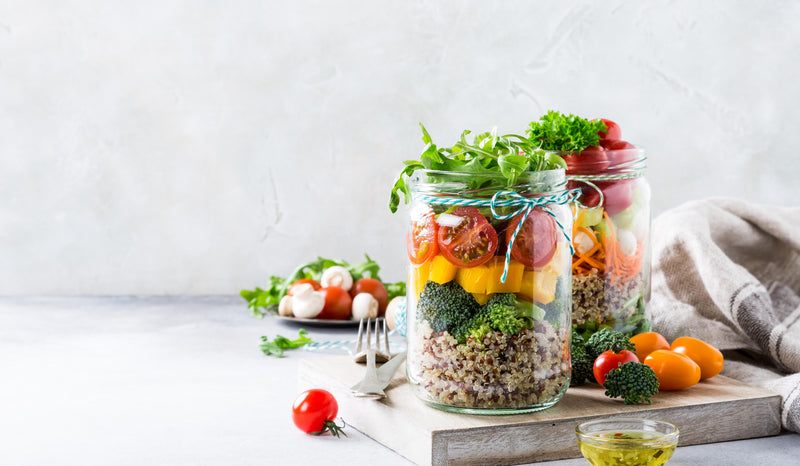 Lunch box idea: Healthy Mason Jar Salad