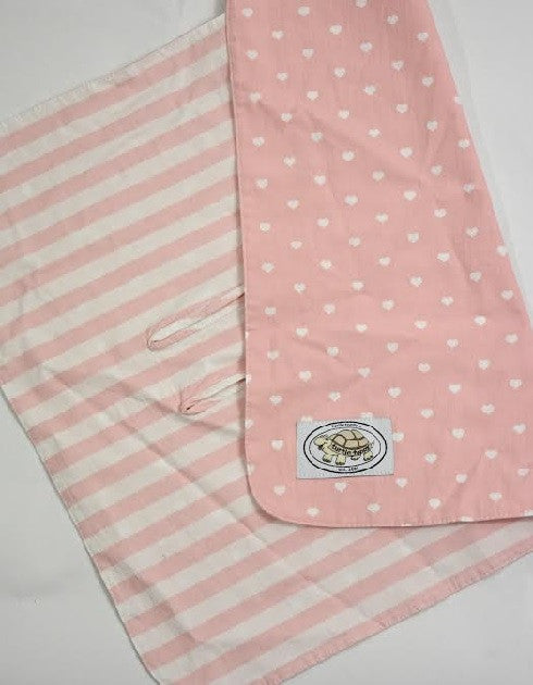 Pink and White Heart Print Buckle Blanket
