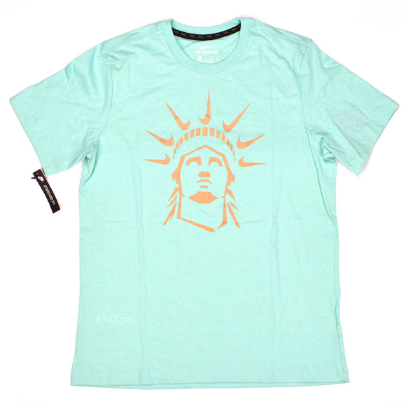 Nike - NYC Exclusive Statue of Liberty Logo T-Shirt