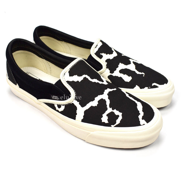 Vans - Cow Print OG Classic Slip-On Sneakers