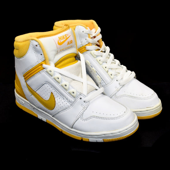 Nike - Air Force 2 (White/University Gold)