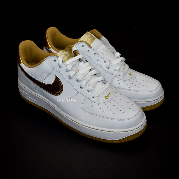 Nike - 2005 Air Force 1 (White/Metallic Gold)