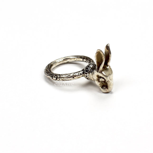 Gucci - Silver GG Logo Rabbit Ring