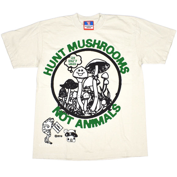 Online Ceramics - Hunt Mushrooms Not Animals T-Shirt (Beige)