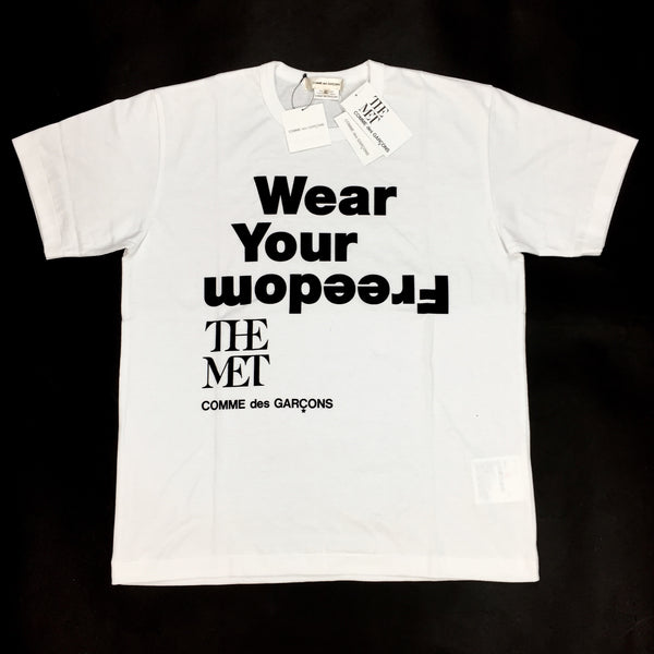 Comme Des Garcons x THE MET - Freedom Logo T-Shirt