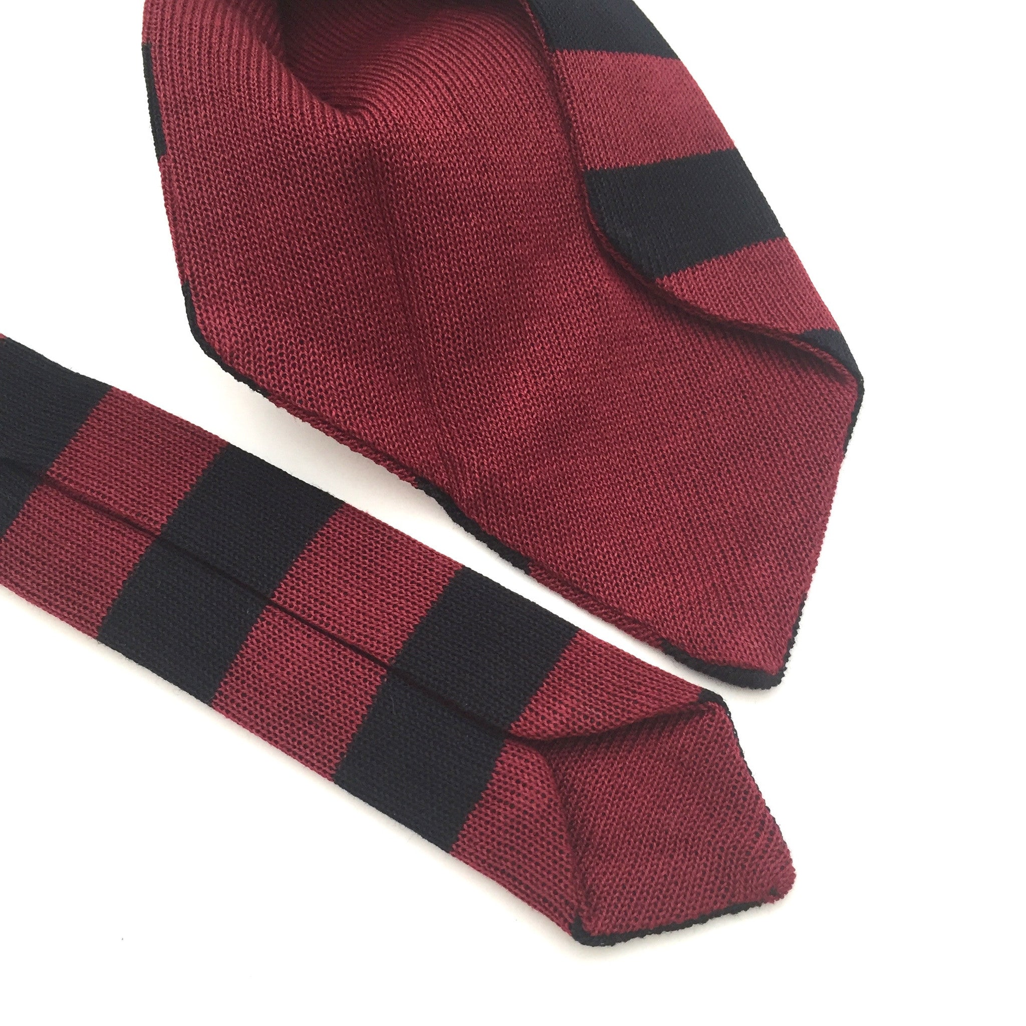 Gucci - Red & Black Knit Tie