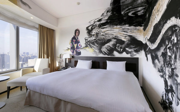 dragon painting bizarre hotel themed room trend