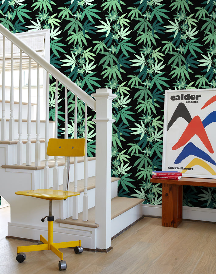 Cannabis Removable Wallpaper - Onyx - Wallshoppe