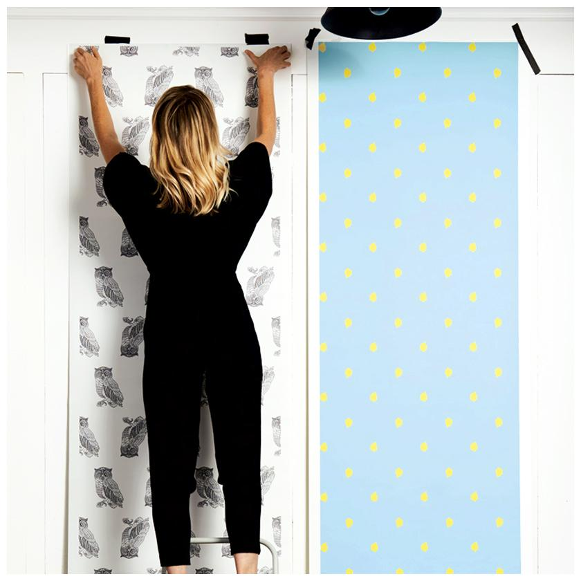 Medina Dot - daffodil / baby blue wallpaper roll - Wallshoppe