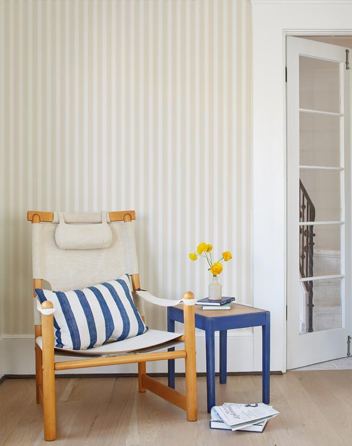 Wallshøppe Ojai Stripe Wallpaper - Iced Chai