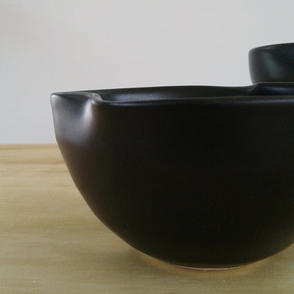 Black Wave dip bowl