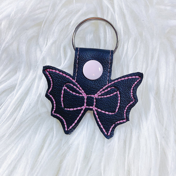 Black with Pink Stiching Bat Bow Feltie Snap-Tab Charm