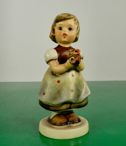 Hummel Figurine FOR MOTHER Germany HUM 257 Goebel TMK 4