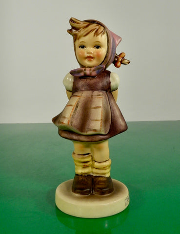 Hummel Figurine WHICH HAND? Germany HUM 258 Goebel TMK 5