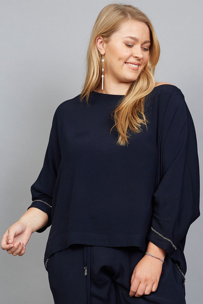 Charlotte top ¾ sleeve with metal beads in Dark Sapphire