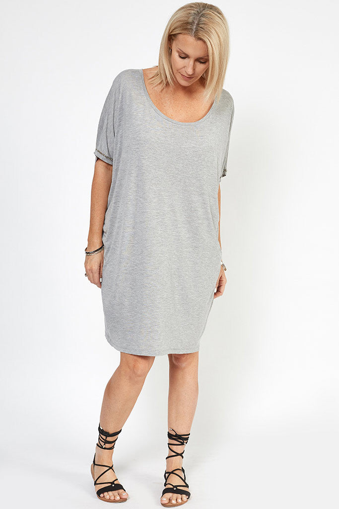 Tabitha Beaded T-shirt Dress Grey silver beads – Hunt Kelly