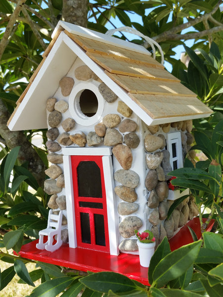 Mountain stone guest cottage birdhouse stone facade and for Diy stone birdhouse