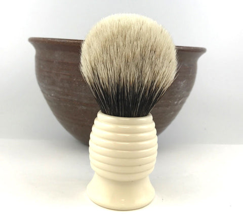 H.L. Thater Ivory Hive -Two Band Badger (Bulb)