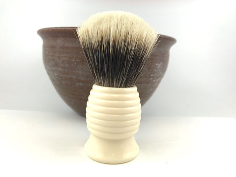 H.L. Thater Ivory Beehive Brush in Two Band Badger (Fan)