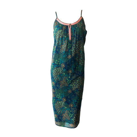 The Divine Dress by Dutch Label Scotch R'belle is stunning with eye catching green tones and an embroidered neck line for extra detail.  A special dress for a special occasion.