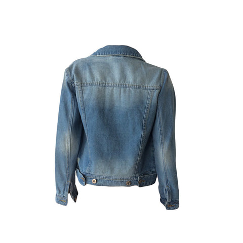 This denim jacket by Danish brand Grunt has been popular since its launch. Slightly distressed with great form & quality denim, this jacket will last years.