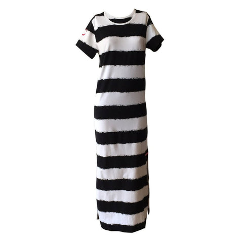 B&W maxi dress, black and white dress, striped maxi dress, stripe dress, crush denim, teen fashion