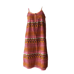 This maxi dress by Scotch & Soda with embroidered patterns is perfect for summer. Add a belt for some extra detail or leave it to flow. Adjustable straps and fabulous colour pattern.