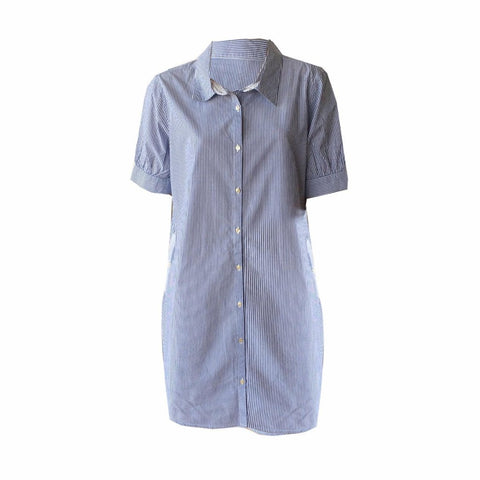 This is a relaxed and casual shirt dress by Dutch brand Scotch R'Belle. Soft cotton. easy button up front, cute off sleeves and pockets make it a great summer staple.