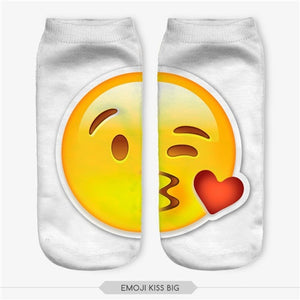 Emoji Kiss Big Socks