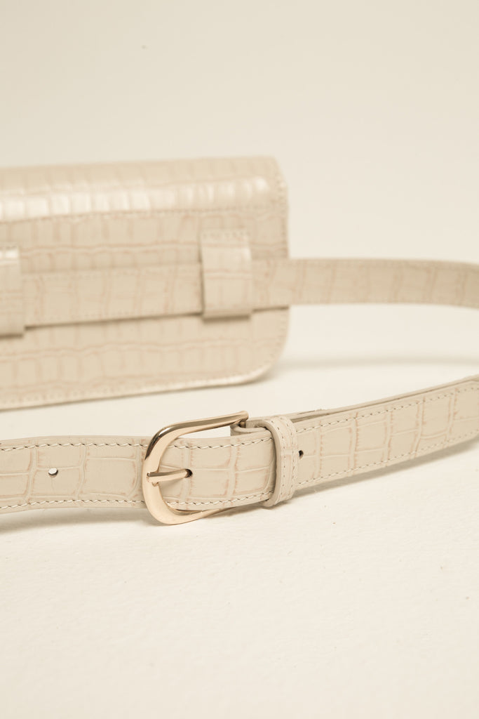 BELT BAG CROCODILE cream
