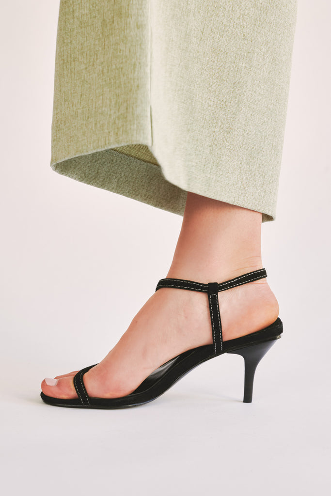 STRAPPY SUEDE SANDAL black