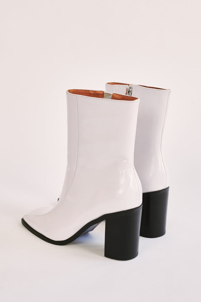 BOLD ANKLE BOOT ivory