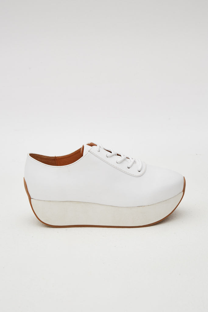 CURVED LEATHER SNEAKER ivory