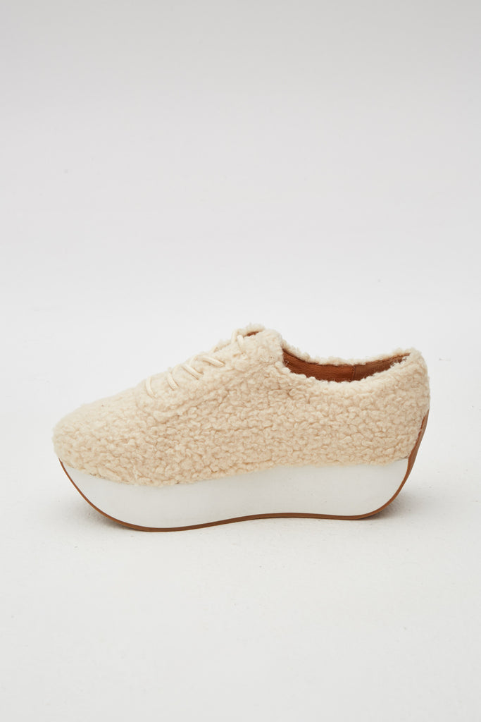 CURVED SHEARLING SNEAKER oatmeal