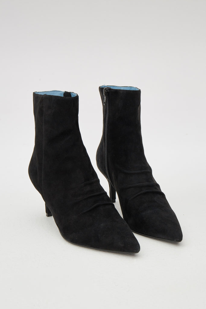 PLEAT SUEDE BOOT black