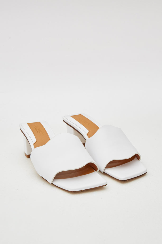 SCALLOP LEATHER HEEL ivory