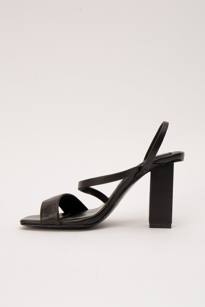 ADAPT HIGH HEEL black