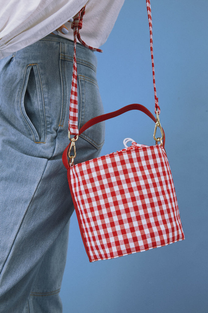 BUCKET BAG red w white