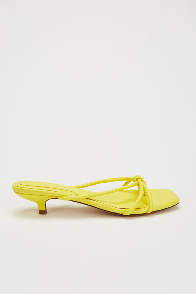 LOOP KITTEN HEEL yellow