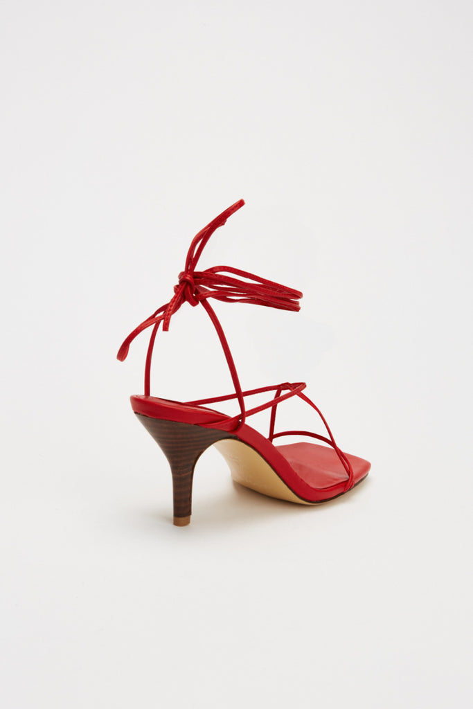 LACED SANDAL ruby