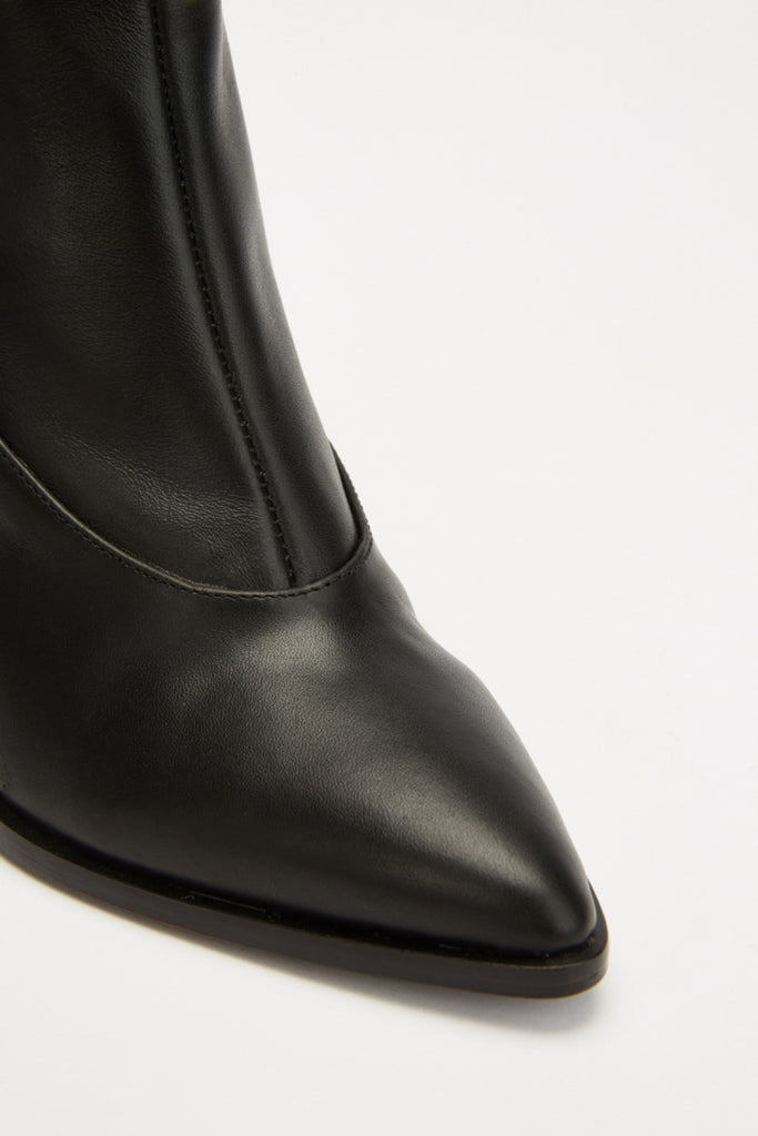 CURVE BOOT black