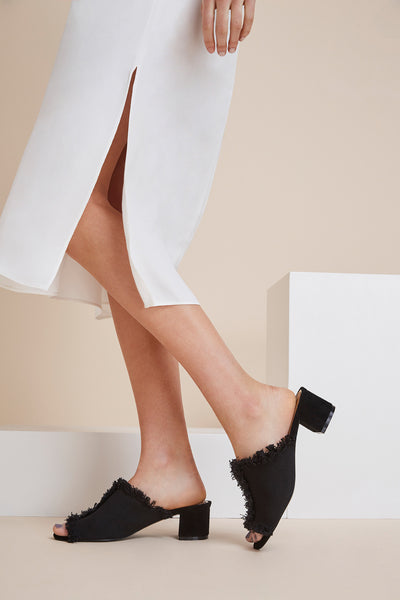 RESOLVE BLOCK HEEL black