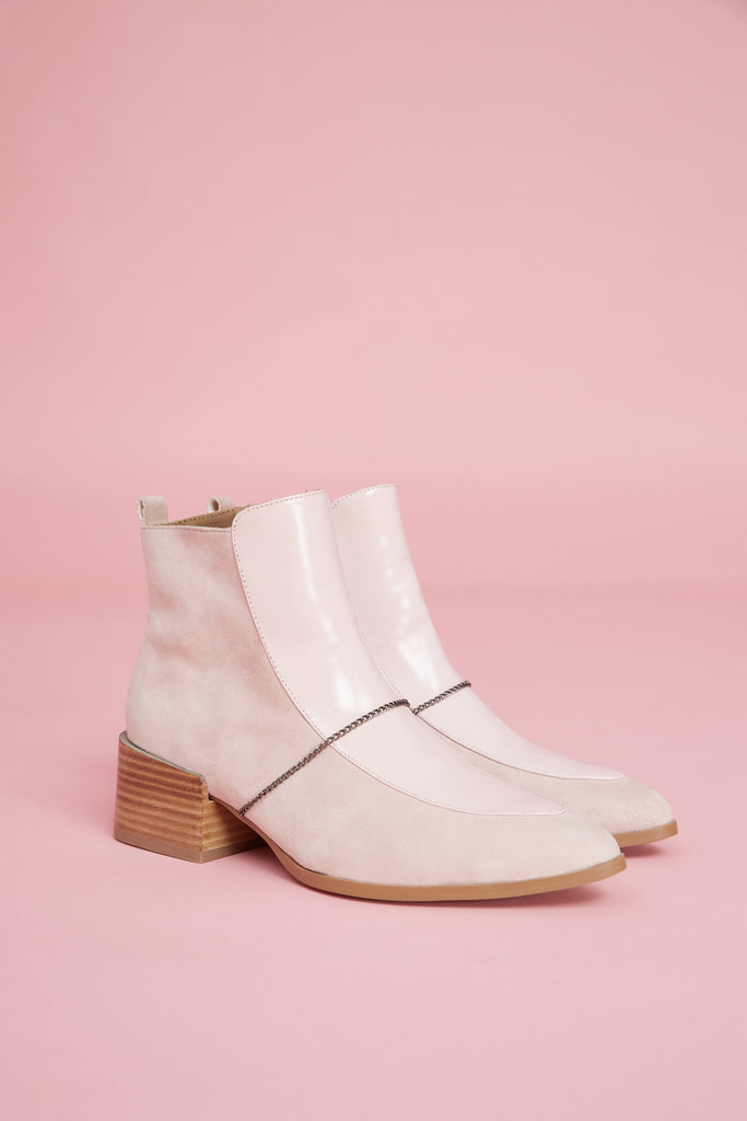 FINE BOOT pale pink